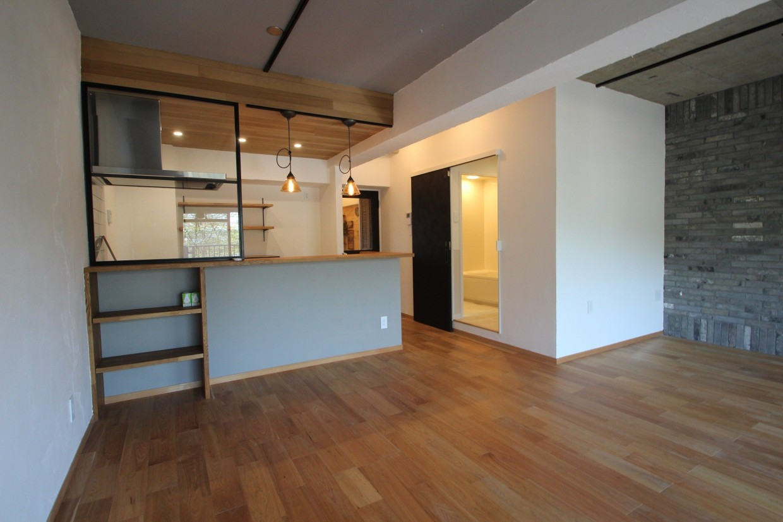 住戸内の内装・設備をフルリノベーションしています!リノベーションだからできる個性ある空間をご覧ください!